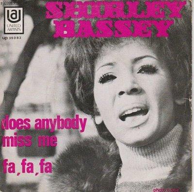Shirley Bassey - Does any body miss me + Fa Fa Fa (Vinylsingle)
