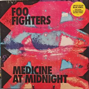 FOO FIGHTERS - MEDICINE AT MIDNIGHT -COLOURED- (Vinyl LP)